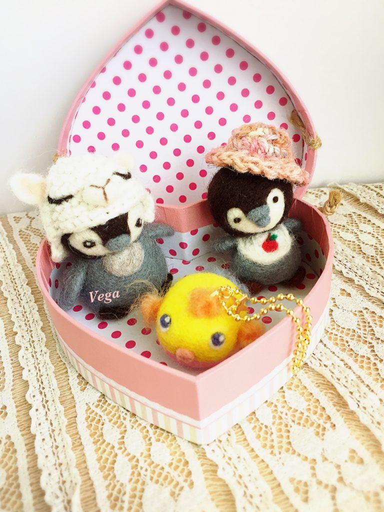 うめだどうぶつえん ペンギン&ハコフグinハートボックス