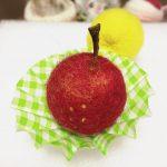2グラムの仲間たち。大好きなリンゴを作ってみました。