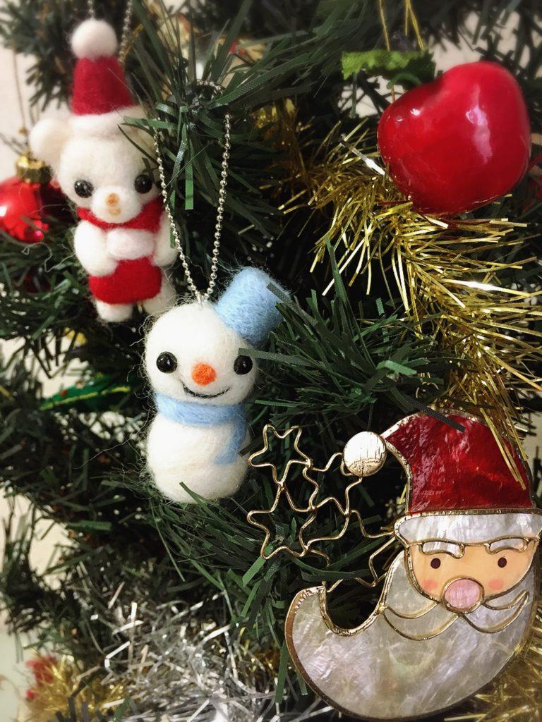 クリスマスツリーと、スノーマン