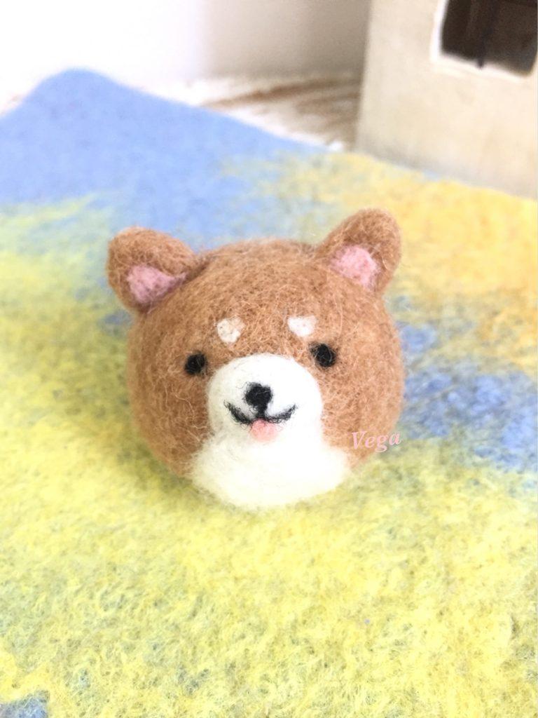 シナモン色の柴犬ちゃん
