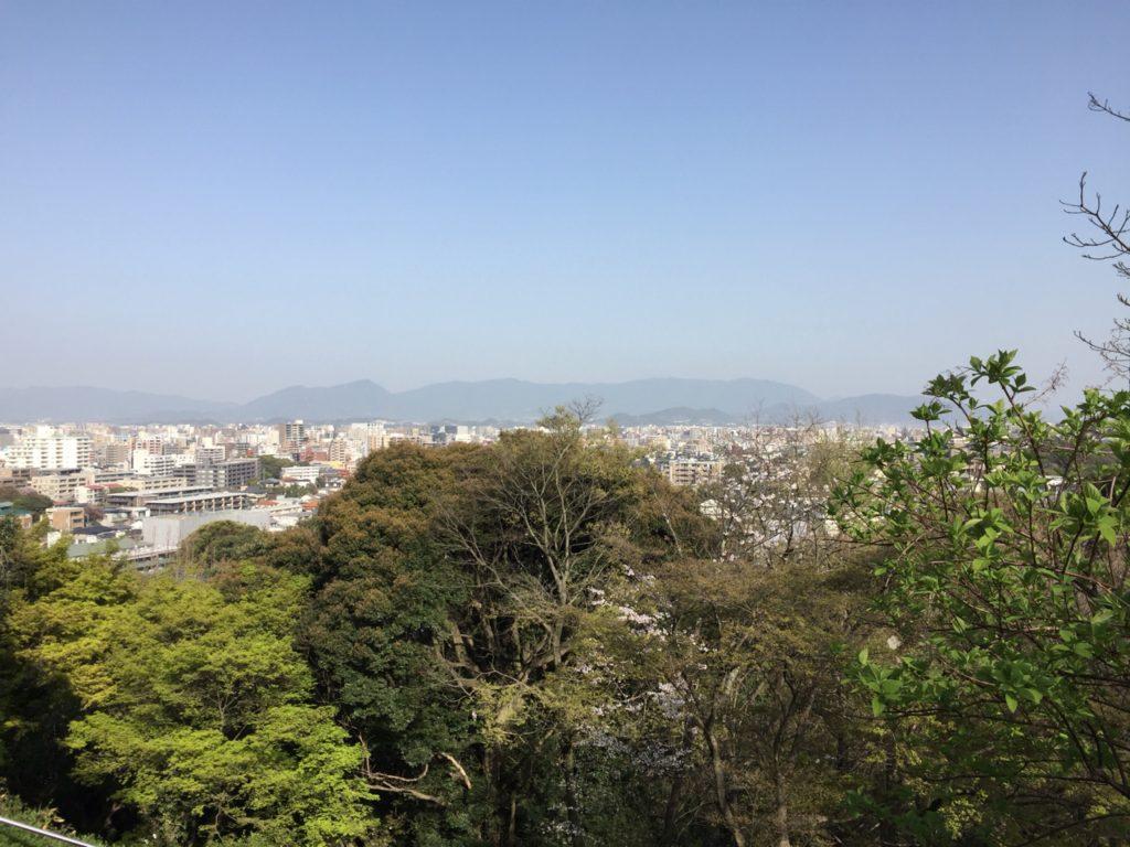 眼下に望む福岡市