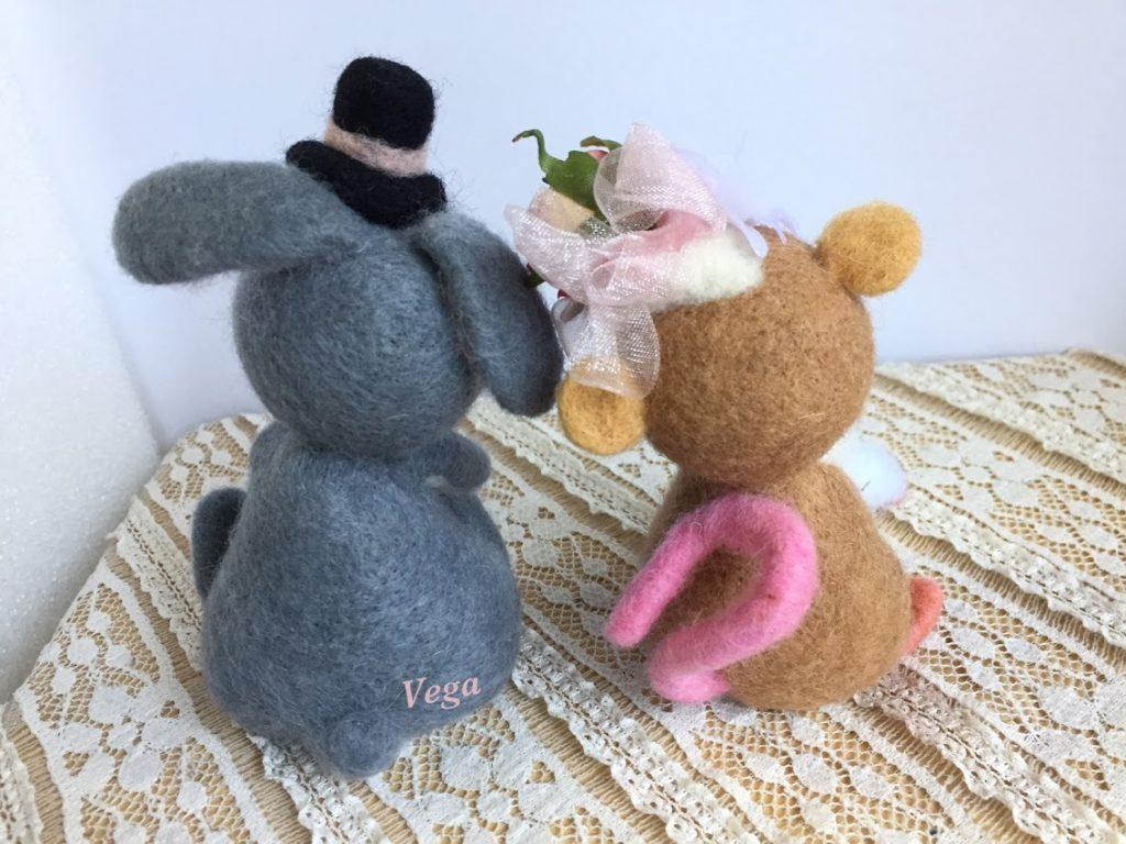 ネズミさん、うさぎさんカップルマスコット-作品番号86(後ろから)
