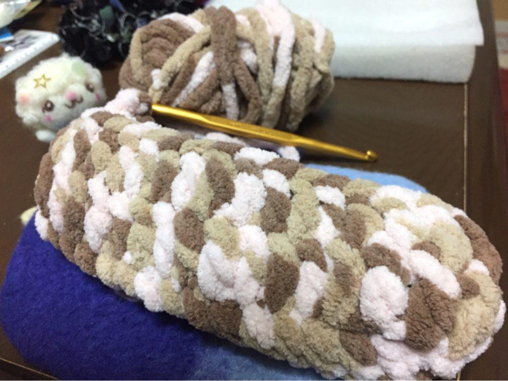 かぎ針で編んだ袋