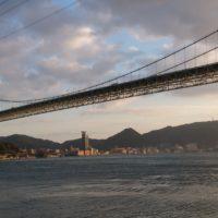 山口県側からの関門橋