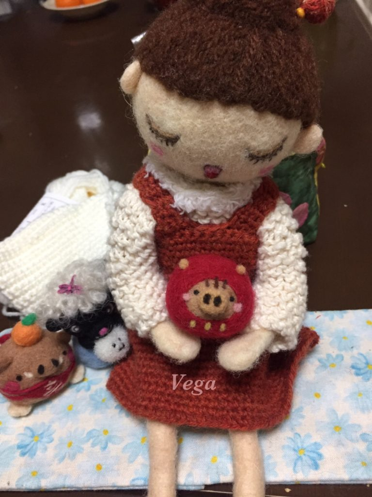 いのししだるまさんと、オーダーのお人形さん