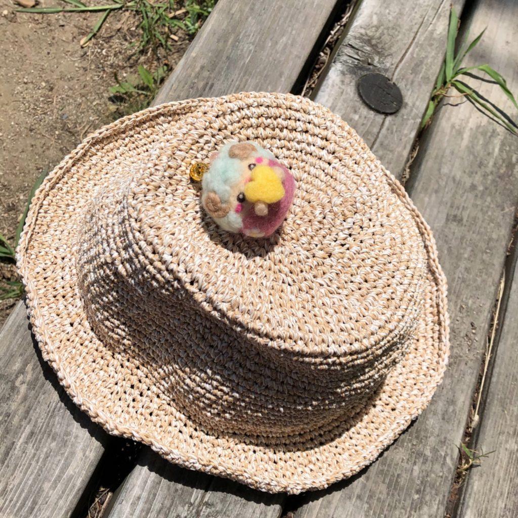 笹和紙の帽子withひつじ星人