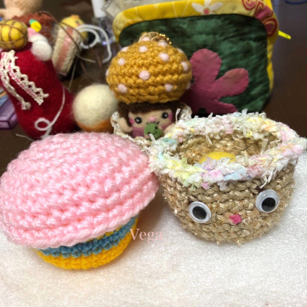 試作中の編み物