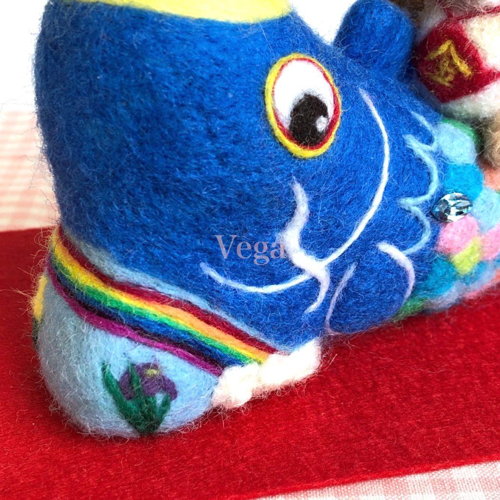 7色の虹色を入れた鯉のぼり